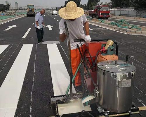 中牟产业集聚区正中大道道路标线项目
